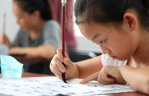 影响|孩子经常熬夜超过11点,除了身高,还有这三个方面易受影响